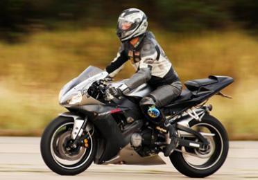 ¿Cómo cambiar el aceite de moto?