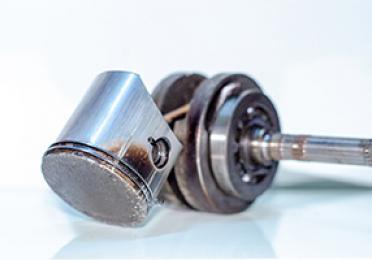 ¿Qué puede pasar si usas el aceite de motor equivocado?